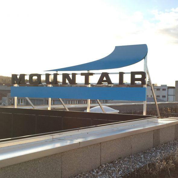 Mountair Dachreklame